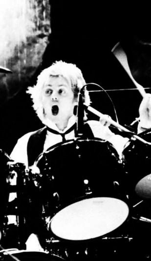 Roger live in 1979