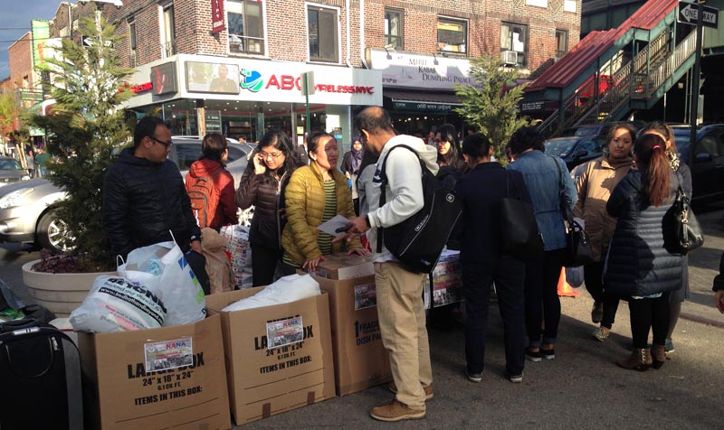 Las donaciones pueden hacerse ingresando a la página www.nanausa.org o acudiendo a Diversity Plaza en Jackson Heights, una cuadra de la estación de la Avenida Roosevelt y la calle 74. Fotos Javier Castaño