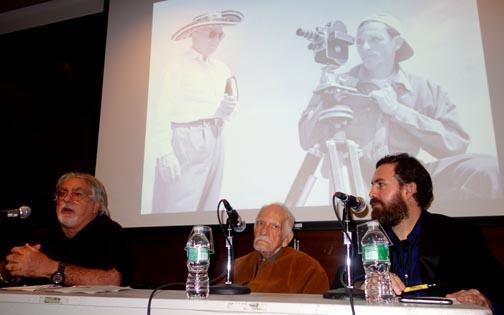 Desde la izquierda, el crítico de cine Luciano Castillo, Nereo López y el curador Alan McLane. Foto Javier Castaño