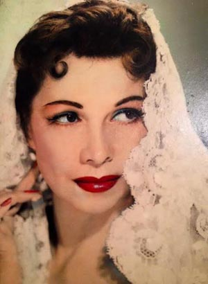 Younger Anita Velez-Mitchell.