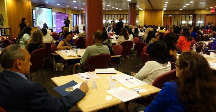 En el York College de Queens, más de 200 personas asistieron a este evento de March of Dimes.