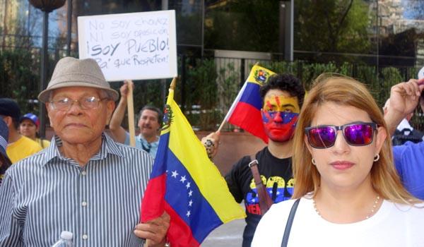 Los venezolanos condenaron a su presidente Maduro durante la protesta.