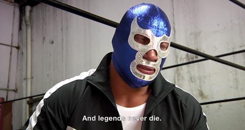 Uno de los luchadores que es entrevistado en el documental Lucha México.
