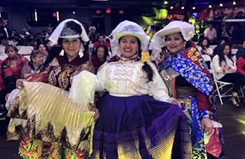 Carmen Arnao, Hitaa Quispe y Sonia Ramírez de la agrupación La Tunantada.