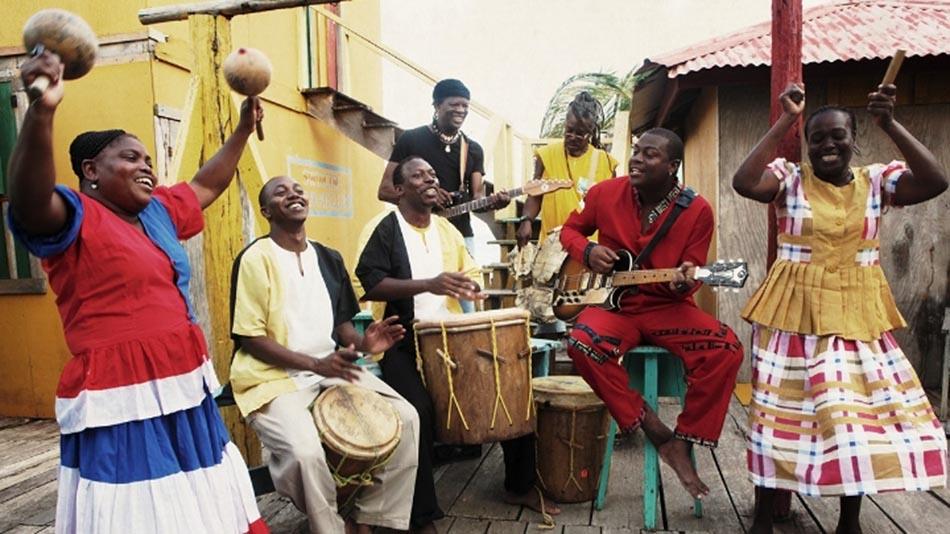 colectivo Garifuna con Umalali.