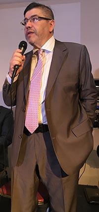 Carlos Velásquez, escritor y empresario de tecnología, además de asesor del Desfile de la Hispanidad.
