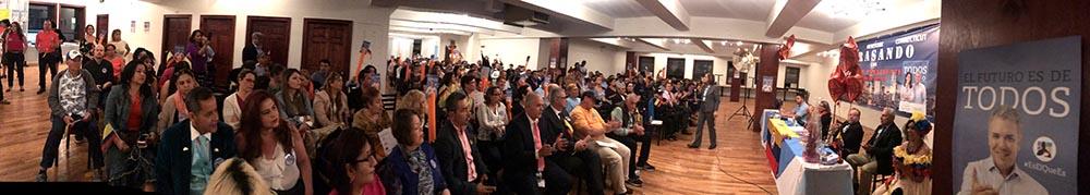 Los colombianos que acudieron al llamado del Centro Democrático en Queens, Nueva York.