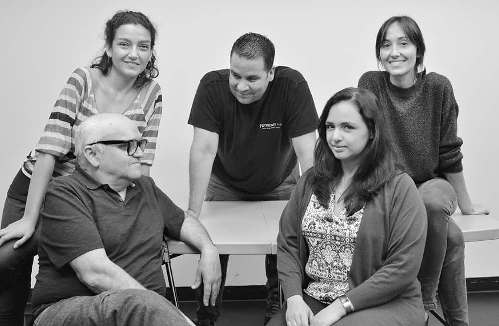 El elenco de la obra: Alicia Cerón, Mario Mattei, Valentina Muhr, Pietro González y Paola Poucel. Fotos cortesía