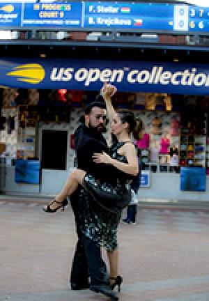 El tango también hizo las delicias del público en Queens Day. Foto: cortesía Dino García.