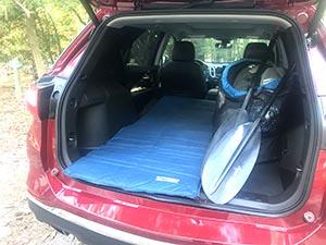 El interior del auto en donde dormí cómodamente la primera noche en Delmarva.