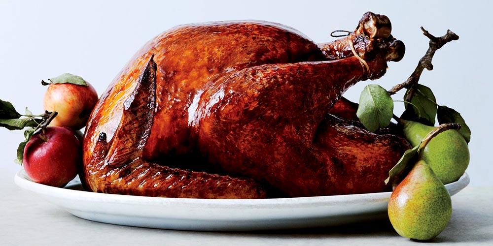 Los ingredientes latinos adornan los platos de Acción de Gracias.