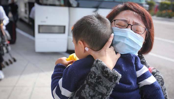 Pandemia golpea la niñez en EE.UU.