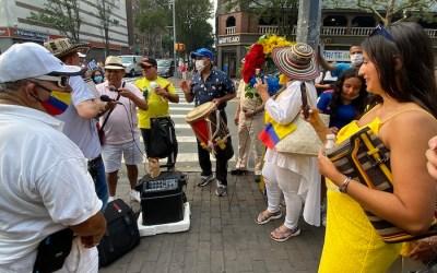 Calle Colombia de fiesta en Queens