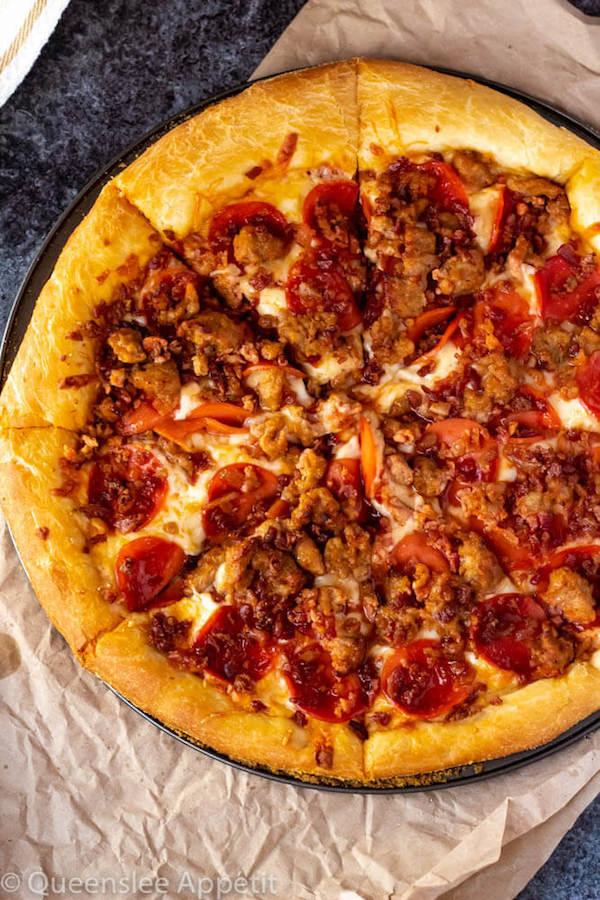 Meat Lover Pizza : lover, pizza, Lovers, Pizza, Recipe, Queenslee, Appétit