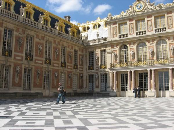 Versailles Marie Antoinette' Diamonds