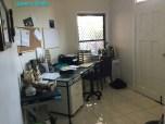 [12] Marburg 10 Acres - Office