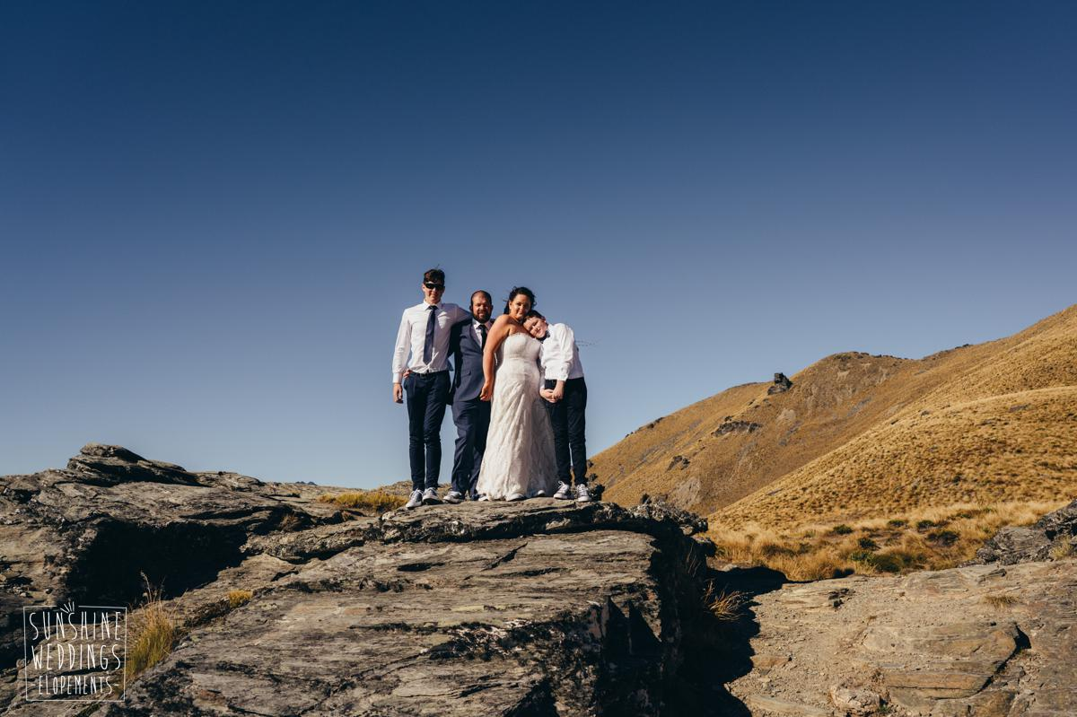 family mountain wedding in NZ