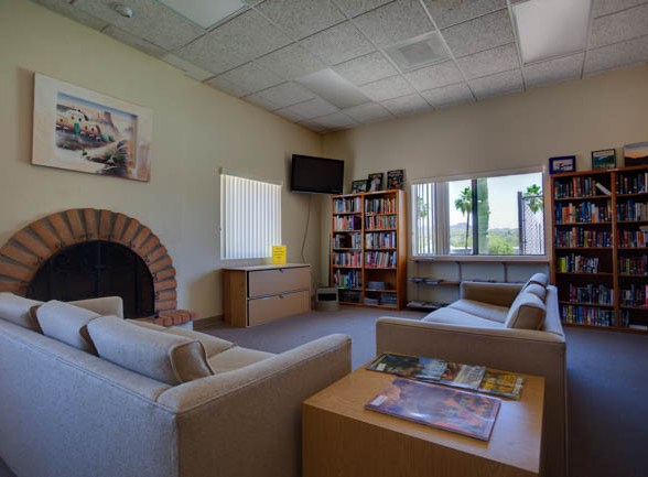 Queen Valley RV Resort's Library