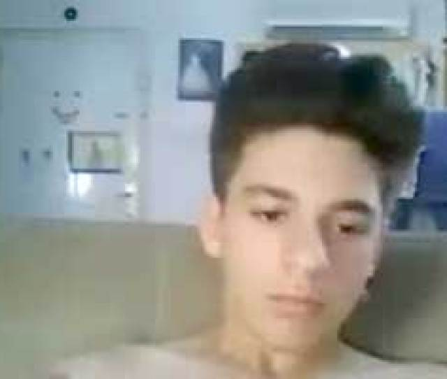 Bored Cam Boy Jerking Off On Omegle
