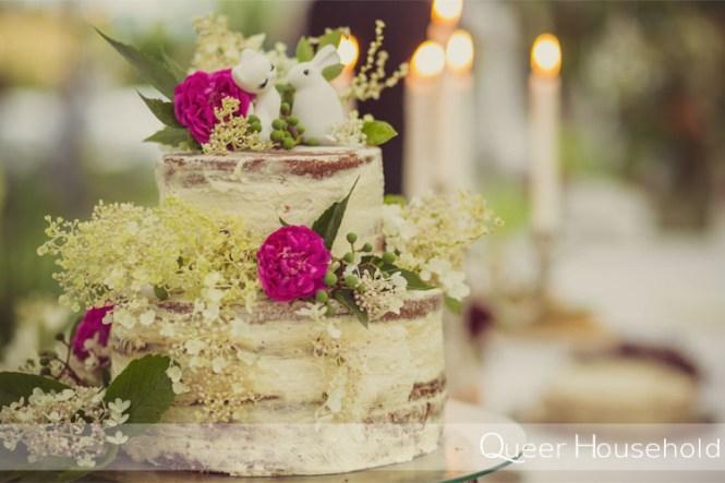 Naked cake wedding cake DIY - Queer Household