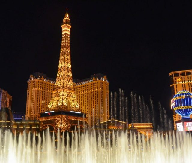 Gay Las Vegas Guide The Essential Guide To Gay Travel In Las Vegas Nevada