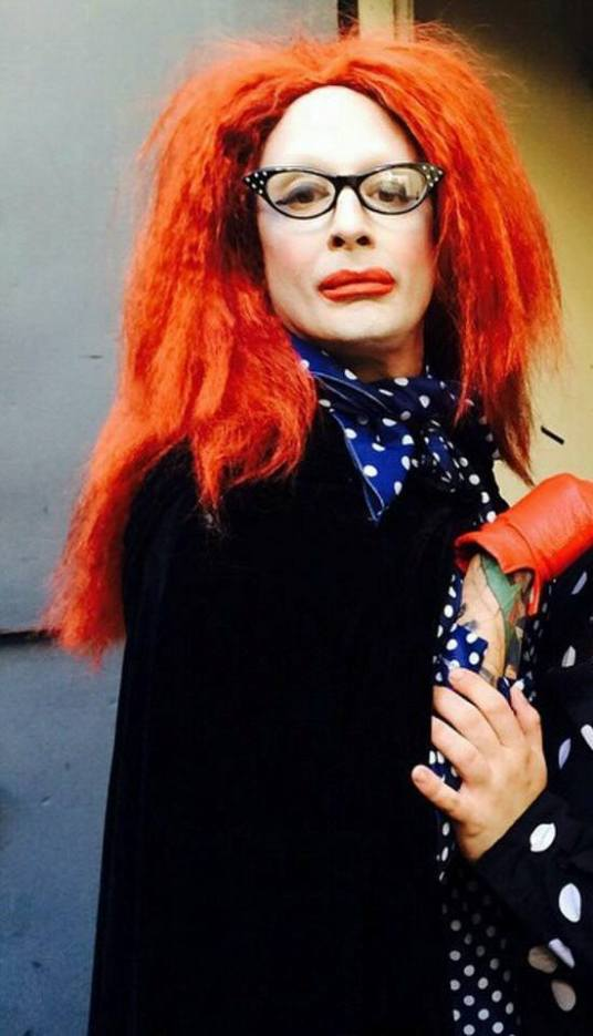 Vinstantos DeFonte as Myrtle Snow,