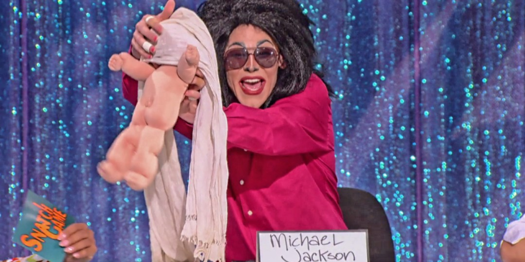 Thorgy got a perfect chance to do her Blanket gag.