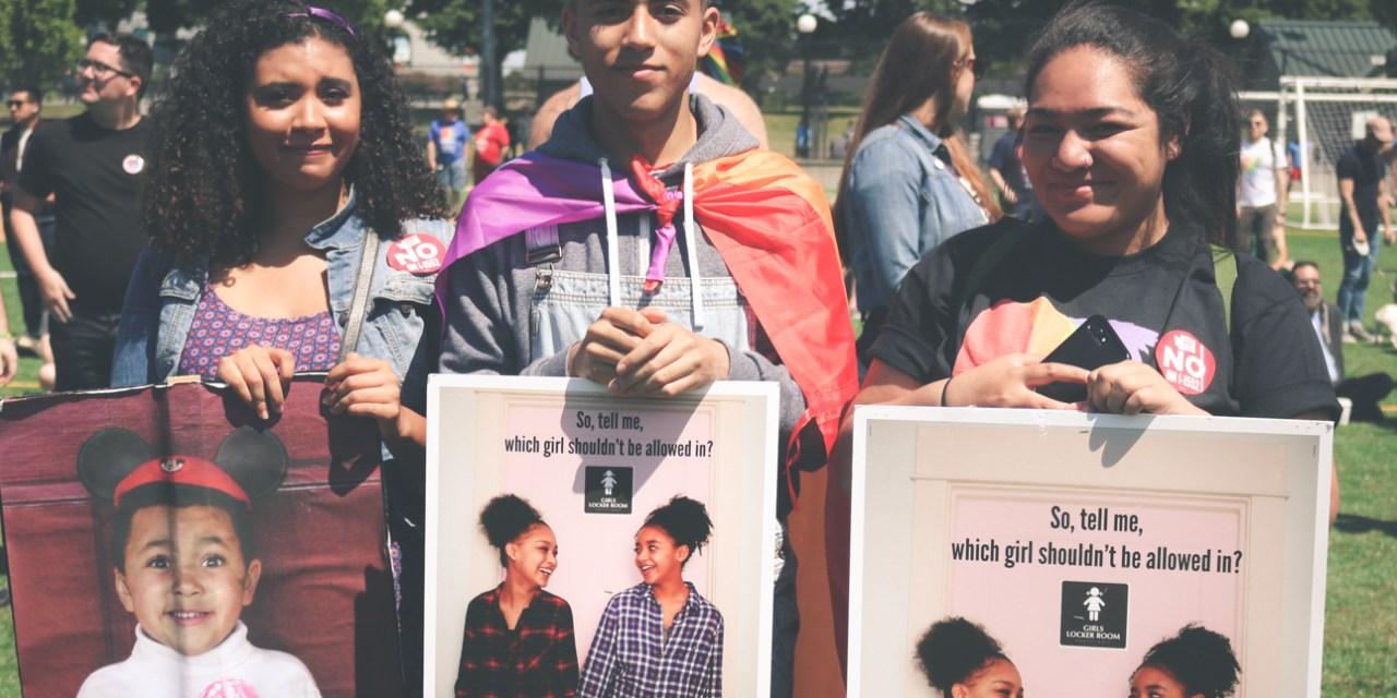 Prideshots: Seattle Pride March 2017