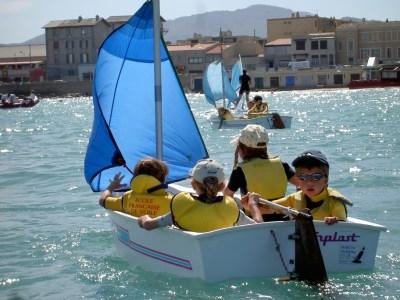 Stage de voile pour les enfants à Marseille