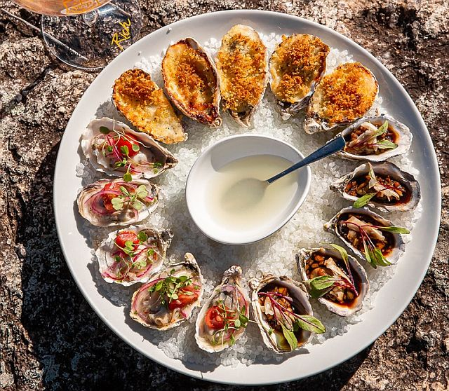 Em setembro, resort Ponta dos Ganchos (SC) destaca ostras