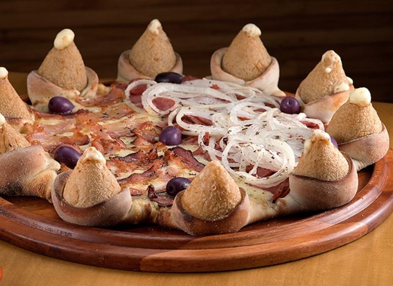 """Pizzaria (SP) faz rodízio com bordas """"fora da caixa"""""""