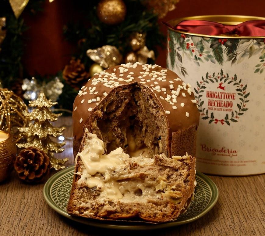Brigaderia faz panettone de chocolate com recheio de cocadinha