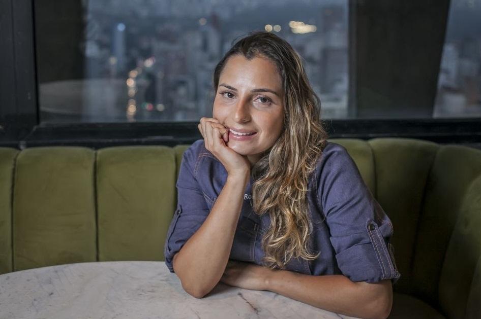 Chef Gizely Rocha assume cozinha do Seen São Paulo
