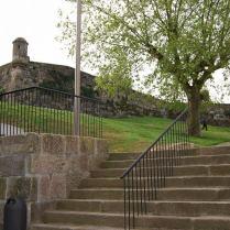 Escaleras fortaleza de San Sebastián