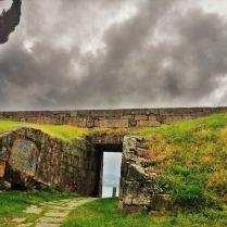 Entrada fortaleza de San Sebastián