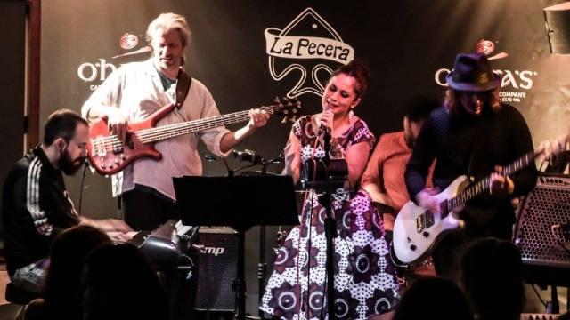 Aretha Franklin Tribute Band