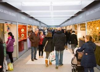 Feria-Mercado de Artesanía de Plaza España