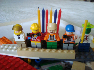 Celebrando el Cumpleaos al Estilo Lego  Blog de Los Nenes