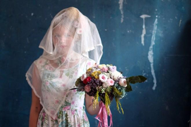 Wedding Flower Photography // www.Quelcy.com