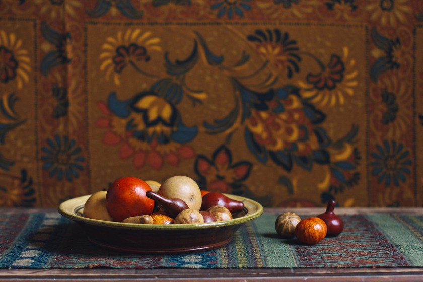 Pie Plate and Gourds 06