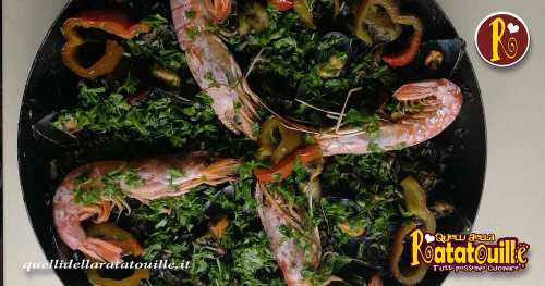 Paella nigra con nero di seppia