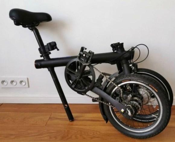 Xiaomi Mi Smart vélo électrique pliant replié en intérieur