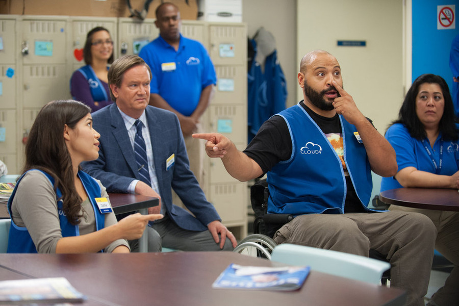 """SUPERSTORE -- """"Magazine Profile"""" Episode 106 -- Pictured: (l-r) America Ferrera as Amy, Mark McKinney as Glenn, Colton Dunn as Garrett -- (Photo by: Colleen Hayes/NBC)"""