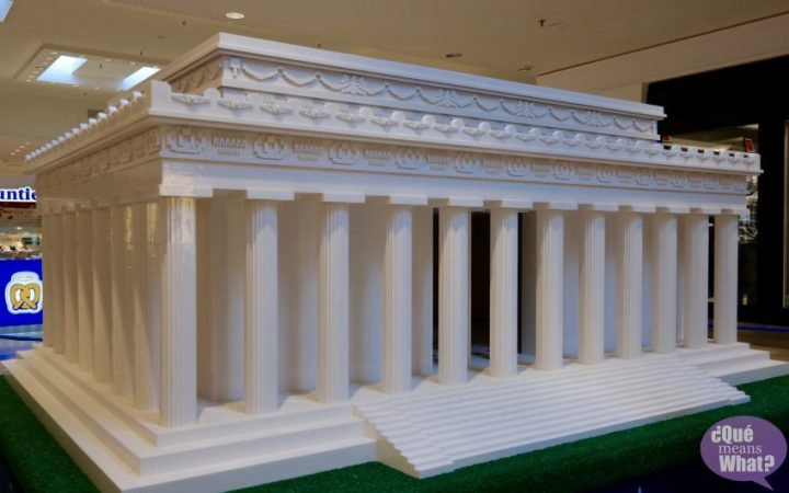 Lincoln Memorial LEGO Americana Roadshow
