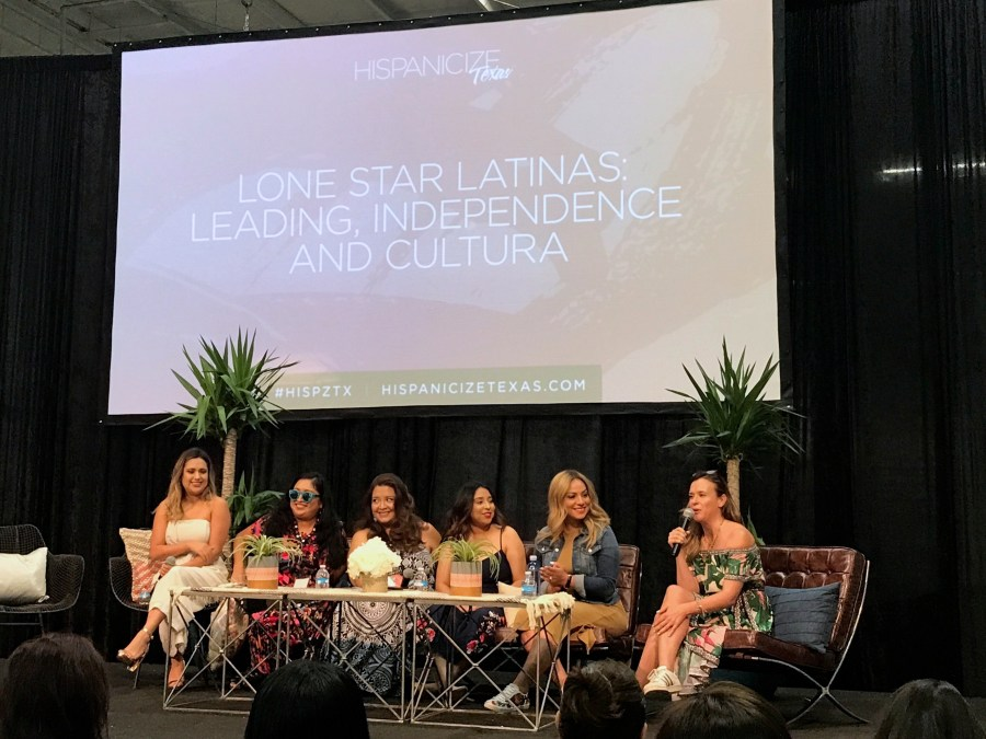 Lonestar Latinas Panel at Hispanicize Texas Blog Conference - QueMeansWhat.com