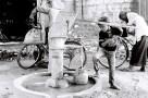 Tri X / 24x36 / Holy water- Varanasi