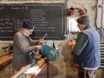 Adjusting the lathe