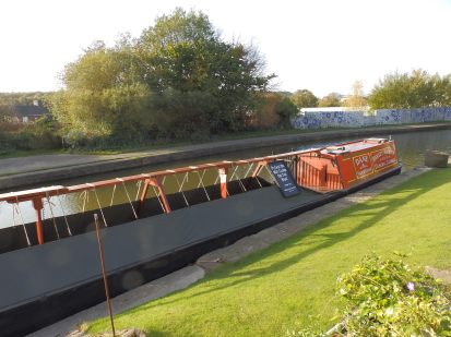 Dane - traditional wooden narrowboat