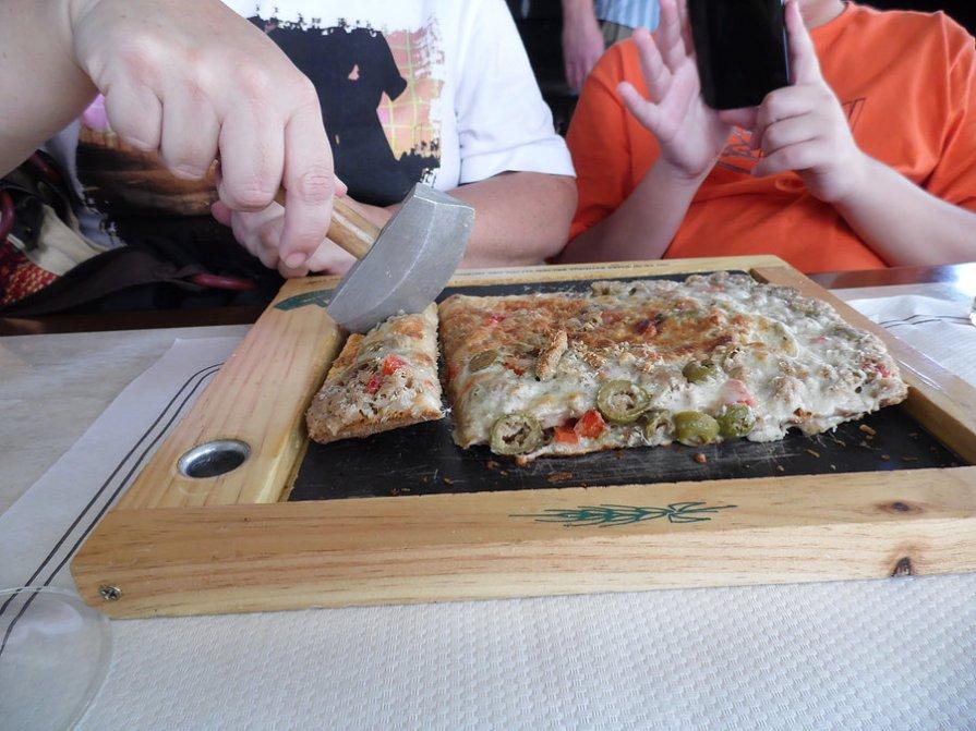 O que fazer em Toledo - comendo pizza de forma inusitada