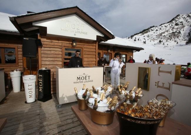 Terraza Baqueira Beret Moët Winter Lounge